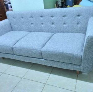 service sofa tangerang